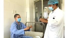 Bệnh nhân tỉnh táo sau khi phẫu thuật thành công