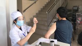 Tổ chức tiêm chủng vaccine phòng Covid-19 (Ảnh: Trung tâm Y tế TP Thủ Đức)