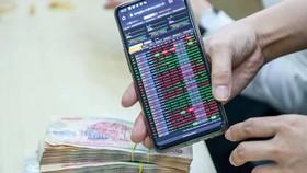Dòng tiền đang chảy vào chứng khoán?