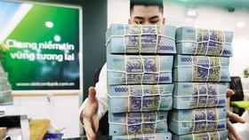 Cuộc chơi trái phiếu doanh nghiệp nằm trong tay các ngân hàng và giới chủ bất động sản Cập nhật từ Hiệp hội thị trường trái phiếu Việt Nam (VBMA) cho thấy, trong