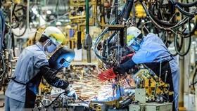 Standard Chartered hạ dự báo GDP của Việt Nam xuống còn 6,5%