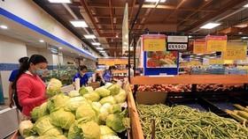 Các mặt hàng rau củ trong một siêu thị tại Thành phố Hồ Chí Minh. (Ảnh: Tuấn Anh/TTXVN)