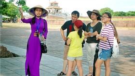 Tổng cục Du lịch yêu cầu khẩn trương hỗ trợ độ ngũ hướng dẫn viên