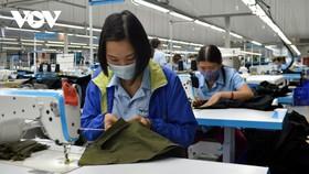 Với tình hình dịch bệnh tiếp tục diễn biến phức tạp như hiện nay, mục tiêu sản xuất và xuất khẩu dệt may sẽ rất khó đoán trước.