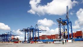 Chi phí vận tải tăng cao cũng như lưu thông hàng hóa hết sức khó khăn dẫn đến hậu quả đứt gãy chuỗi cung ứng. (Ảnh: Đinh Tịnh)