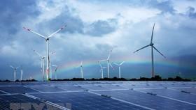 Tổ hợp điện năng lượng tái tạo của Tập đoàn Trung Nam đầu tư tại huyện Thuận Bắc (Ninh Thuận). (Ảnh: Công Thử/TTXVN)