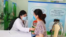 Bệnh viện Hoàn Mỹ Cửu Long tiêm vaccine ngừa Covid-19 cho phụ nữ mang thai và cho con bú