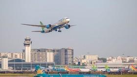 Các hãng hàng không đã nhanh chóng công bố mở lại hàng loạt đường bay nội địa từ ngày 10/10. (Ảnh: CTV/Vietnam+)