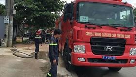 Lực lượng PCCC có mặt tại hiện trường tổ chức cứu hộ
