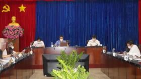 Phó Thủ tướng Vũ Đức Đam tại buổi làm việc với lãnh đạo tỉnh Bình Dương về công tác phòng chống dịch Covid-19. Ảnh: LÊ XUÂN