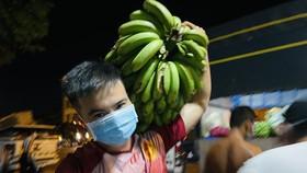 Chuyến xe yêu thương từ Lâm Đồng vào TPHCM chở 20 tấn rau củ