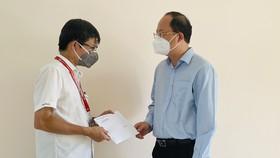 Phó Bí thư Thành ủy TPHCM Nguyễn Hồ Hải thăm hỏi, động viên y bác sĩ ở huyện Củ Chi