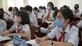 Năm học mới, Sở GĐ-ĐT TPHCM đề xuất miễn học phí để hỗ trợ khó khăn cùng người dân