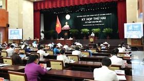 Kỳ họp thứ hai HĐND TPHCM khóa X, nhiệm kỳ 2021-2026, sáng 24-8-2021. Ảnh: VIỆT DŨNG