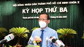 Chủ tịch UBND TPHCM Phan Văn Mãi phát biểu tại phiên thảo luận. Ảnh: VIỆT DŨNG