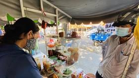 Quận 6 đề xuất thí điểm kinh doanh phục vụ ăn uống tại chỗ và thức ăn đường phố