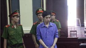 Lãnh án tù chung thân vì giết bạn tình đồng tính