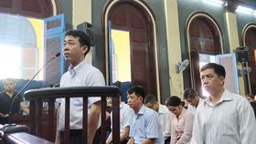 Xét xử phúc thẩm vụ VN Pharma: Bắt tạm giam 2 bị cáo Nguyễn Minh Hùng và Võ Mạnh Cường