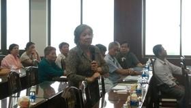 Người dân quận 11 đóng góp ý kiến
