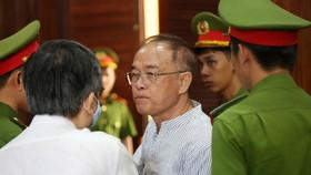 HĐXX tuyên phạt ông Nguyễn Thành Tài 8 năm tù giam, sáng 20-9-2020. Ảnh: DŨNG PHƯƠNG