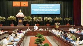 Hội thảo khoa học 50 năm Đảng bộ, Chính quyền và Nhân dân TPHCM thực hiện Di chúc thiêng liêng của Chủ tịch Hồ Chí Minh.Ảnh: HOÀNG HÙNG