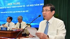 Chủ tịch UBND TPHCM Nguyễn Thành Phong: Kéo giảm ùn tắc giao thông và ô nhiễm môi trường