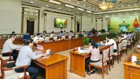 Thủ tướng Nguyễn Xuân Phúc: TPHCM cần đón nhận cơ hội vàng về đầu tư