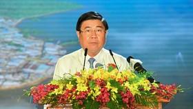 Chủ tịch UBND TPHCM Nguyễn Thành Phong: Tạo mọi thuận lợi để Cần Giờ hoàn thành nhiệm vụ
