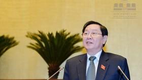 Bộ trưởng Bộ Nội vụ Lê Vĩnh Tân tại một phiên họp Quốc hội