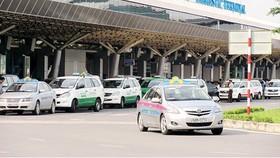 Bộ GT-VT: Xe kinh doanh vận tải ứng dụng hợp đồng điện tử đều là taxi