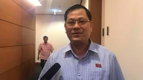 """ĐBQH Nguyễn Hữu Cầu, Giám đốc Công an Nghệ An: """"Là tôi, tôi sẽ khởi tố ông Nguyễn Hữu Linh ngay"""""""