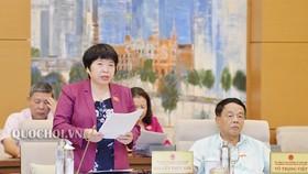 Chủ nhiệm Ủy ban Về các vấn đề xã hội Nguyễn Thúy Anh cho biết, Chính phủ vẫn mong muốn được trình Quốc hội phương án mở rộng khung thỏa thuận về giờ làm thêm tối đa lên 400 giờ/năm. Ảnh: QUOCHOI