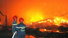 Hàng ngàn vụ cháy đã xảy ra, hàng trăm người bị thiệt mạng, bao nhiêu cán bộ mất chức?  