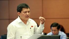 ĐBQH Phạm Phú Quốc trúng cử ĐBQH khoá 14 khi đang là Tổng Giám đốc Công ty Đầu tư Tài chính Nhà nước TPHCM. Ông hiện là Tổng Giám đốc Công ty TNHH Một thành viên Phát triển công nghiệp Tân Thuận (IPC)