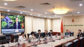 Lãnh đạo Bộ Tài nguyên và Môi trường dự Hội nghị trực tuyến