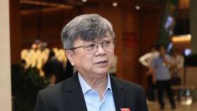 ĐBQH, Luật sư Trương Trọng Nghĩa (TPHCM) trả lời phỏng vấn bên hành lang Quốc hội sáng 1-4-2021