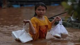 Nguy cơ lớn nhất về khí hậu đối với trẻ em Việt Nam là tiếp xúc nhiều với ô nhiễm không khí và lũ lụt