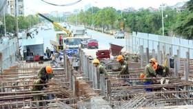 Giá vật liệu xây dựng trên thị trường tăng mạnh ảnh hưởng không nhỏ đến tiến độ thi công dự án