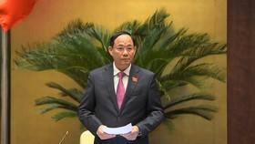Phó Chủ tịch Quốc hội, Thượng tướng Trần Quang Phương điều hành phiên họp