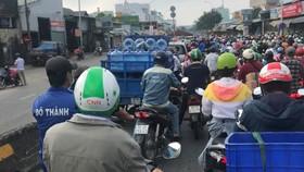Ùn ứ giao thông tại chốt kiểm soát trên đường Lê Đức Thọ, quận Gò Vấp
