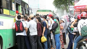 Bắt con nghiện trong băng nhóm trộm cắp tài sản của người dân trên xe buýt