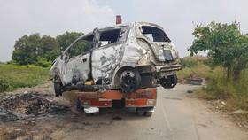 Chiếc xe ô tô được đưa về cơ quan công an phục vụ việc điều tra.