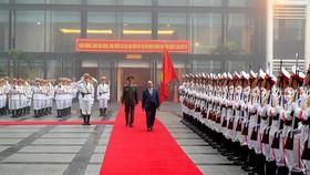 Thủ tướng Nguyễn Xuân Phúc đến dự hội nghị.