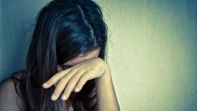 Cô gái thiểu năng bị 2 cha con xâm hại có thai