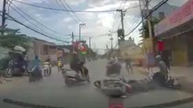 Hình ảnh camera hành trình ghi lại diễn biến vụ việc