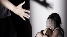 Tạm giữ người đàn ông dụ dỗ dâm ô với bé gái 9 tuổi ở quận 8