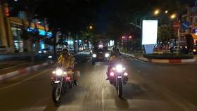 Lực lượng Cảnh sát giao thông Công an TPHCM đi tuần tra
