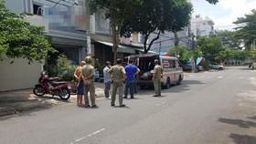 Thi thể 2 nạn nhân được đưa về nhà xác phục vụ việc điều tra