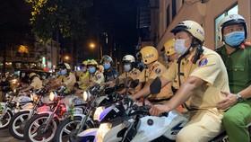 CSGT TPHCM mở cao điểm phòng, chống thanh thiếu niên tụ tập, chạy xe gây rối trật tự công cộng trên địa bàn. Ảnh: CHÍ THẠCH