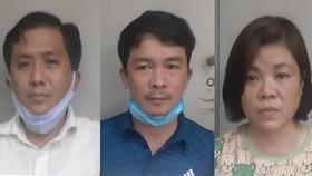 Nhóm đối tượng: Tâm Em , Tiến - Tuyết (từ trái qua phải) tại cơ quan công an. Ảnh: C.T